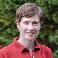 Lynn Fuhler Headshot